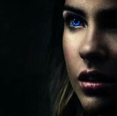 Stunner this one is as Malia Hale(Yes, not Tate!!!)