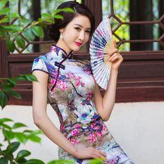 chinese clothing wedding dresses with cutout back            https://www.ichinesedress.com/