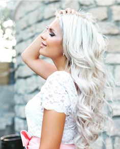 Our #60 is a gorgeous true white platinum blonde, no yellow! @iblondee wearing her glam seamless wavy extensions. Get yours now at www.glamseamless.com