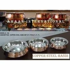Banking on our enriched industry experience, we are engaged in offering a huge gamut of copper steel Serving Handi.