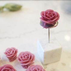 This is beanpaste flower ✔️more pictures. B͟͟c͟͟u͟͟t͟͟ @inha_son  #beanpaste #rose #flower #nanacake #앙금꽃