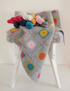 Warm Pixie - Luxury Granny Square Crochet Blanket Kit, $72,00 (http://www.warmpixie.com/luxury-granny-square-crochet-blanket-kit-100-soft-lambswool/)