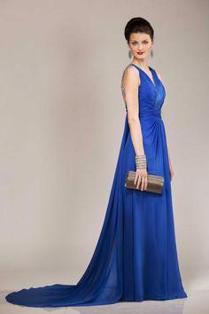 Like a princess. Princess, Formal Dresses, Collection, Fashion, Dress Ideas, Fashion Ideas, Hairstyle, Dresses For Formal, Moda