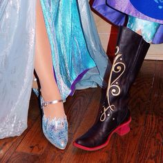 Elsa and Anna's shoes