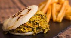 A Casa das Arepas abriu no Porto e oferece os mais variados sabores gastronómicos desde os venezuelanos até aos tradicionais sabores portugueses.