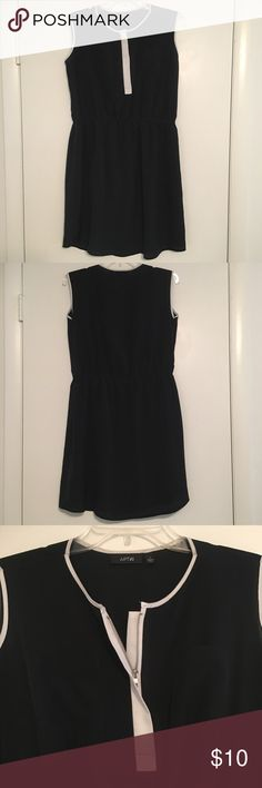 Apt. 9 Black Sleeveless Dress Apt. 9 Sleeveless Knee Length Dress Size Large Black with white accents Elastic band around the waist Lined from the waistband down to the bottom. 100% Polyester Machine Washable Note: There is a small stain (looks like a makeup stain) on the front white part (shown in the last photo). Apt. 9 Dresses Midi