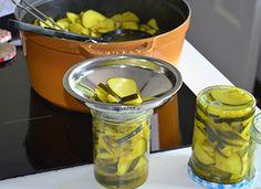Courgette-inmaken-met-kruiden