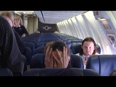 Video: 'Plane Whisperer' Helps Others Overcome Fear of Flying. If you have crippling flight anxiety (like me) this video is great to watch. Scared Of Flying, Fear Of Flying, Helping Others, Helping People, Most Common Phobias, Major Airlines, Come Fly With Me, By Plane, Airline Travel