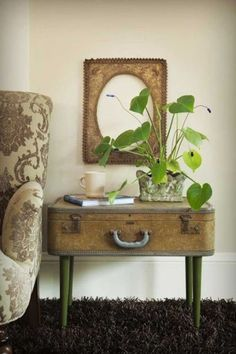 La Fabrique à Déco: Idée récup vintage : une table valise