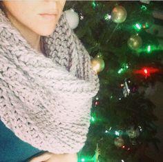 Crochet Infinity Scarf Free Pattern, Crochet Headband Pattern, All Free Crochet, Crochet Stitches, Knit Crochet, Crochet Patterns, Cowl Patterns, Diy Knitting Gifts, Loom Knitting