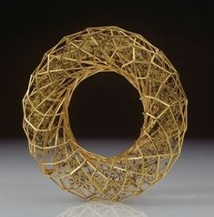 Giovanni Corvaja's Amazing Golden Fleece and Fine Gold Wire Jewelry Collections - The Beading Gem's Journal Gems Jewelry, Wire Jewelry, Jewelry Art, Jewelry Design, Gold Jewellery, Fashion Jewellery, Designer Jewelry, Gold Bangles, Jewelry Crafts