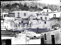 Τα Αναφιώτικα – Δεκαετία 1920. Παλιές φωτογραφίες και σκίτσα της Αθήνας στο πέρασμα του χρόνου | Reader's Digest
