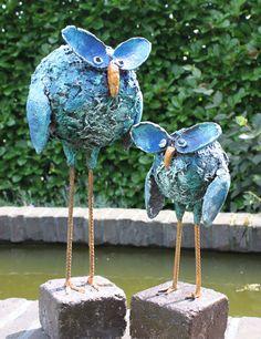 Strange birds by Netty Blasman, using Powertex.  www.ateliernettyblasman.nl