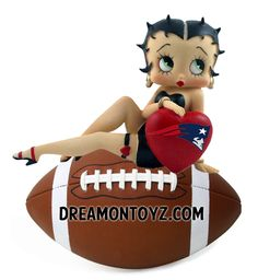 Betty Boop LOVES the New England Patriots For more Betty Boop Sports pictures, go to: http://bettybooppicturesarchive.blogspot.com/search/label/Sports ~and~ https://www.facebook.com/bettybooppictures