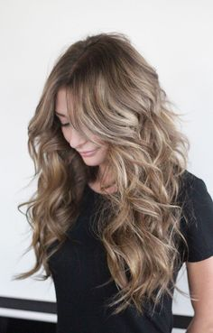 New hair flamboyage blonde haircuts 41 Ideas - All For Hair Color Trending Blonde Haircuts, Wavy Hairstyles, Dark Blonde Hair, Blonde Waves, Blonde Color, Hair Color And Cut, Light Brown Hair, Balayage Hair, Haircolor