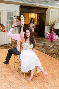 Wine themed bridal shower / details that make the difference / Games & Dancing / Kaitlin Agulto Weddings / Pamela Jusino Studio