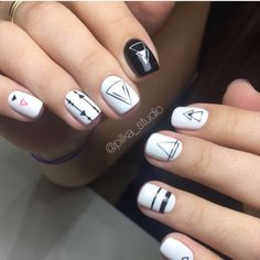 Black and white nails Gold Gel Nails, Best Acrylic Nails, White Nails, Toe Nails, Black Nails, Stylish Nails, Trendy Nails, Manicure, Tribal Nails