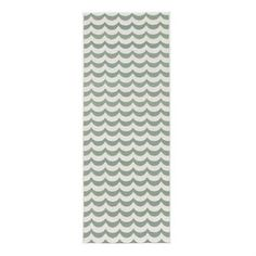 Add some color to your floor with the Ocean rug in the color ocean by Brita Sweden. Plastic rugs have long been staples in Scandinavian homes thanks to their practicality. The rugs are great not only in the kitchen, but also your hallway or porch. Available in different sizes.