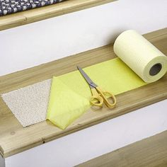 Best Meadow Sisal Carpet Stair Treads W Hook Loop Velcro 640 x 480