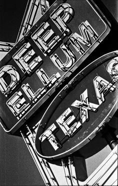Deep Ellum Texas Nikon F3 (Kodak Tri-X 400)