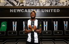 Steve Bruce, Newcastle United Fc, Premier League, The Unit, Shit Happens, Park, Twitter, Parks