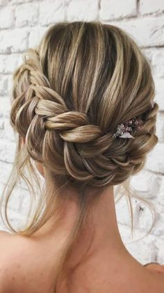 Braided Crown to Change Your Everyday Style