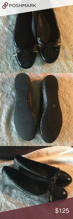 Tory Burch Flats. Comes in original box. Like new....only worn a few times. Tory Burch flats. Tory Burch Shoes Flats & Loafers