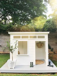 Adorable Modern Playhouse by @michellecannonsmith — iron  twine