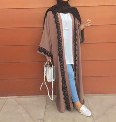 Long open cardigans abaya style- seen these around and I'm desperate to buy one, they're gorgeous ✨ Iranian Women Fashion, Islamic Fashion, Modern Hijab Fashion, Abaya Fashion, Muslim Fashion, Modest Fashion, Fashion Outfits, Hijab Outfit, Hijab Mode Inspiration