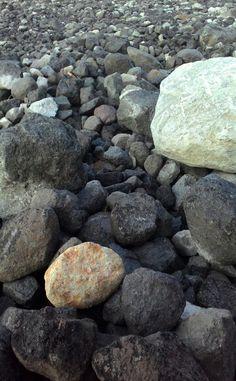 natural stone arrangement