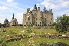 Le château de Bourgon, en Mayenne.