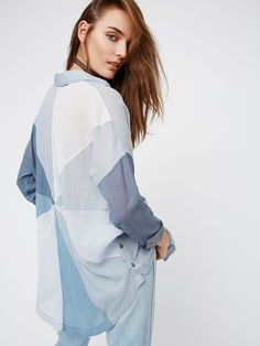 4732 Nd Free People Blue Rainbow Rays Buttondown Shimmering Pockets Tunic Top XS Pocket Detail, Lace Tops, Chambray, Free People, Tunic Tops, Clothes For Women, My Style, Rainbow, How To Wear