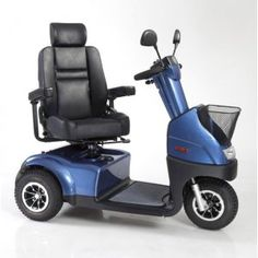 Afikim Breeze C 3 Wheel Mobility Scooter. Full lighting package included!