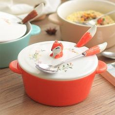 The bowls are microwave, oven, and dishwasher safe. Get it from Apollo Box for $32.98+ (available in three animals with fork, or fork and spoon).BuzzFeed Exclusive! Save 15% off site-wide + free shipping with code BUZZ15 at checkout.
