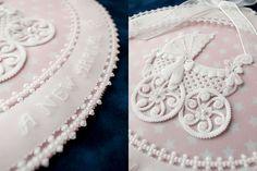 [パーチメントクラフト : 今井 真智子] 大通文化教室 Parchment Design, Parchment Craft, Baba, Crafts, Baby Dolls, Parchment Paper, Paper Envelopes, Art, Paper Lace