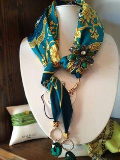 Beautiful wan to show off a silk scarf-rhinestone bangle Scarf Knots, Scarf Rings, Scarf Necklace, Fabric Necklace, Scarf Jewelry, Fabric Jewelry, Jewelry Crafts, Jewelry Art, Handmade Jewelry