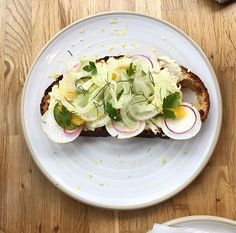 Ricotta Toast on the menu at the new neighborhood coffee shop @themourningdovecafe in Buckhead!  This was amazing and so fresh with  house made ricotta fresh sliced radish and fennel! Omg. Perfect with a cup of local @revelatorcoffee.  Let me know when @jon_hamm shows up! .. . . . . . . . #coffee #toast #neighborhood #cofeeshop #revelatorcoffee #local #atlanta #atl #delicious #jonhamm #coffebean #whendovescry #hip #tasty #celebrity #hangout #buckhead #buckheadatlanta #smooth #weekend…