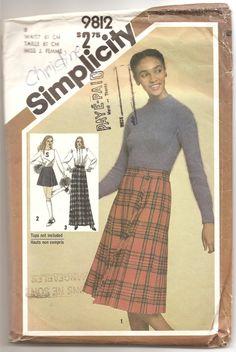 1980' Patron Simplicity 9812 Jupe plissée Kilt écossais Patron de couture rétro vintage Taille 8 Misses vêtement femme mode by aBirdOnMyHead on Etsy