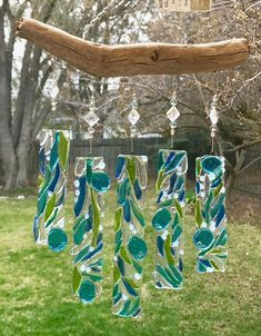 Sea Glass art Videos Pictures - - Stained Glass art How To Make - - Sea Glass art Videos For Sale Fused Glass Ornaments, Fused Glass Jewelry, Fused Glass Art, Wind Chimes Craft, Glass Wind Chimes, Glass Artwork, Glass Wall Art, L'art Du Vitrail, Glass Fusion Ideas