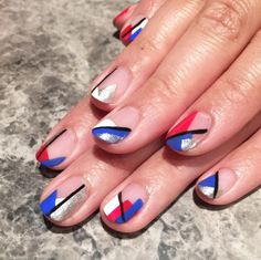 7 patriotic 4th of July inspired nail art ideas to try for next weekend: