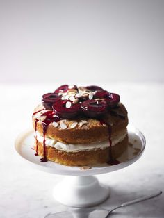 Sloe gin layer cake http://www.olivemagazine.com/lulusnotes/sloe-gin-layer-cake/#more-7107