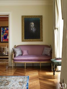A Francis Bacon portrait in a New York living room decorated by Michael S. Smith is juxtaposed with a Louis XVI sofa covered in a Jim Thompson silk.  ARCHITECT: Peter Pennoyer Architects DESIGNER: Michael S. Smith Inc. PHOTOGRAPHER: Michael Mundy