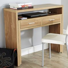 Extremely practical where space is limited, the Kelly console desk doubles in depth, thanks to a retractable shelf on wheels, set at the perfect height for a computer keyboard. Two drawers slide out from the unit to help keep all your pens and pencils tidy!