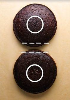 Impara a fare dolci e torte a forma di numeri - Curiosando si impara 8th Birthday Cake, Boy Birthday, Birthday Parties, Easy Cake Decorating, Birthday Cake Decorating, Eva Marie, Cake Pops, Number Cakes, Diy Cake