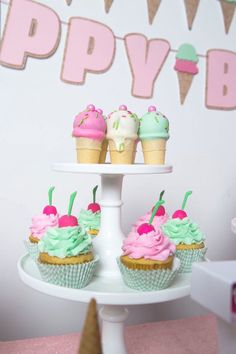 1000+ images about Ice Cream Party on Pinterest Ice Cream Party, Ice Cream Parlor and Ice ...