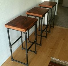 Reclaimed wood & Iron pipe bar stools