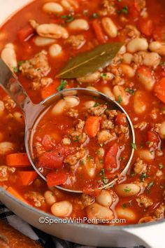 Italian sausage, white beans, veggies, and spices are used to create this Italian Bean Soup. It's quick to make and super filling! #spendwithpennies #italianbeansoup #recipe #maindish #soup #italianwhitebeansoup Ham And Beans, Ham And Bean Soup, White Bean Soup, White Beans, Italian Bean Soup, Italian Beans, Bean Soup Recipes, Healthy Soup Recipes, Vegan Lentil Soup