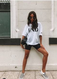 Casual summer style Casual summer style Source by Cycling Shorts Outfit Casual Source style summer Mode Outfits, Short Outfits, Trendy Outfits, Fall Outfits, Fashion Outfits, Fashionable Outfits, Stylish Outfits, Grunge Outfits, Fashion Clothes