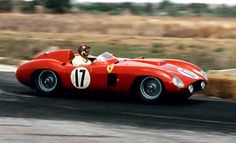 Fangio in a Ferrari 860 Monza on his way to winning at Sebring 1956 Sports Car Racing, F1 Racing, Race Cars, Drag Racing, Ferrari Racing, Ferrari Car, Classic Motors, Classic Cars, Daytona