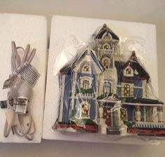 Heartland Valley Christmas Village Building Blue Turret Victorian Lighted House